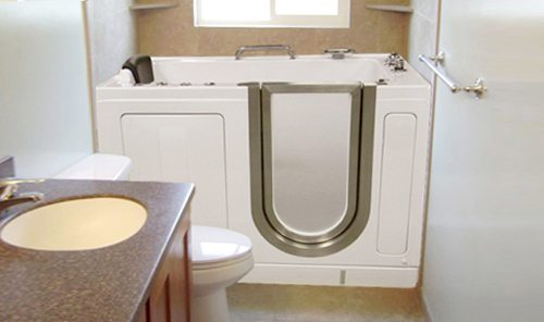 Beautiful Built In Bathtub For Seniors And The Handicapped