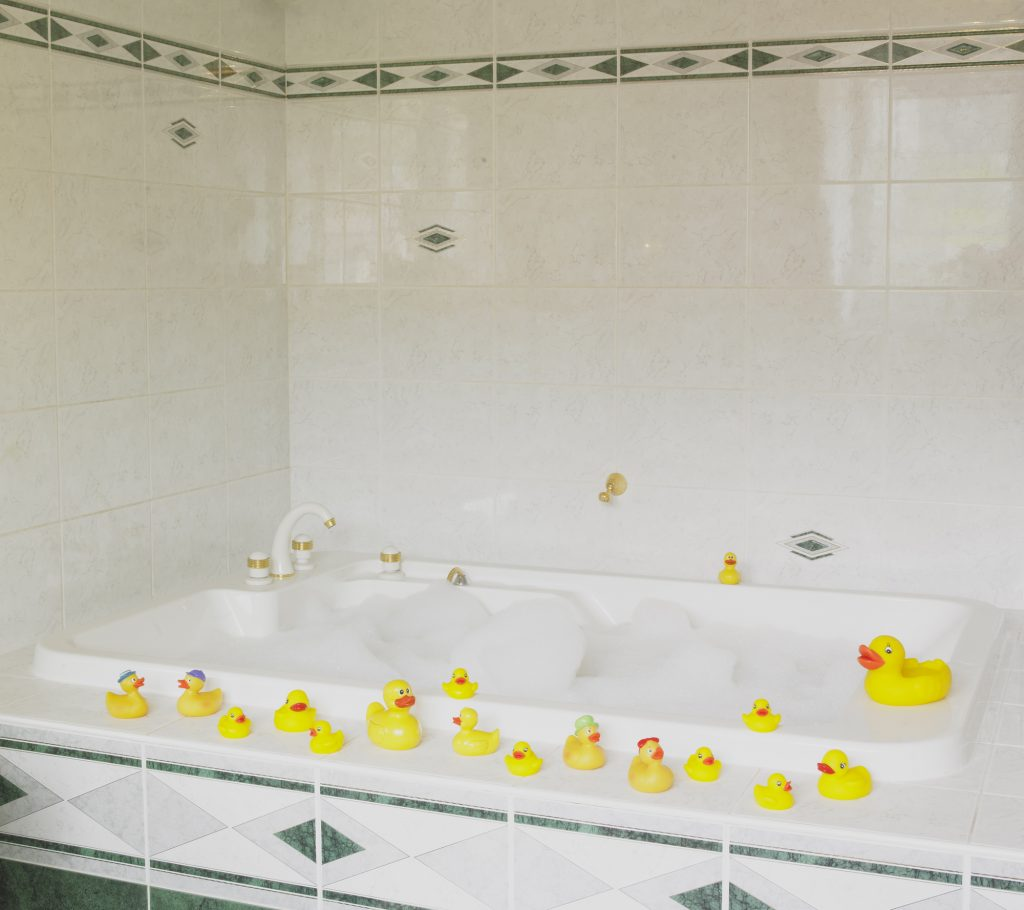 How Walk-In Tubs Benefit the Disabled | Heavenly Walk In Tubs